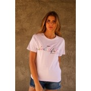 T-SHIRT SIMPLE IS BEAUTIFUL
