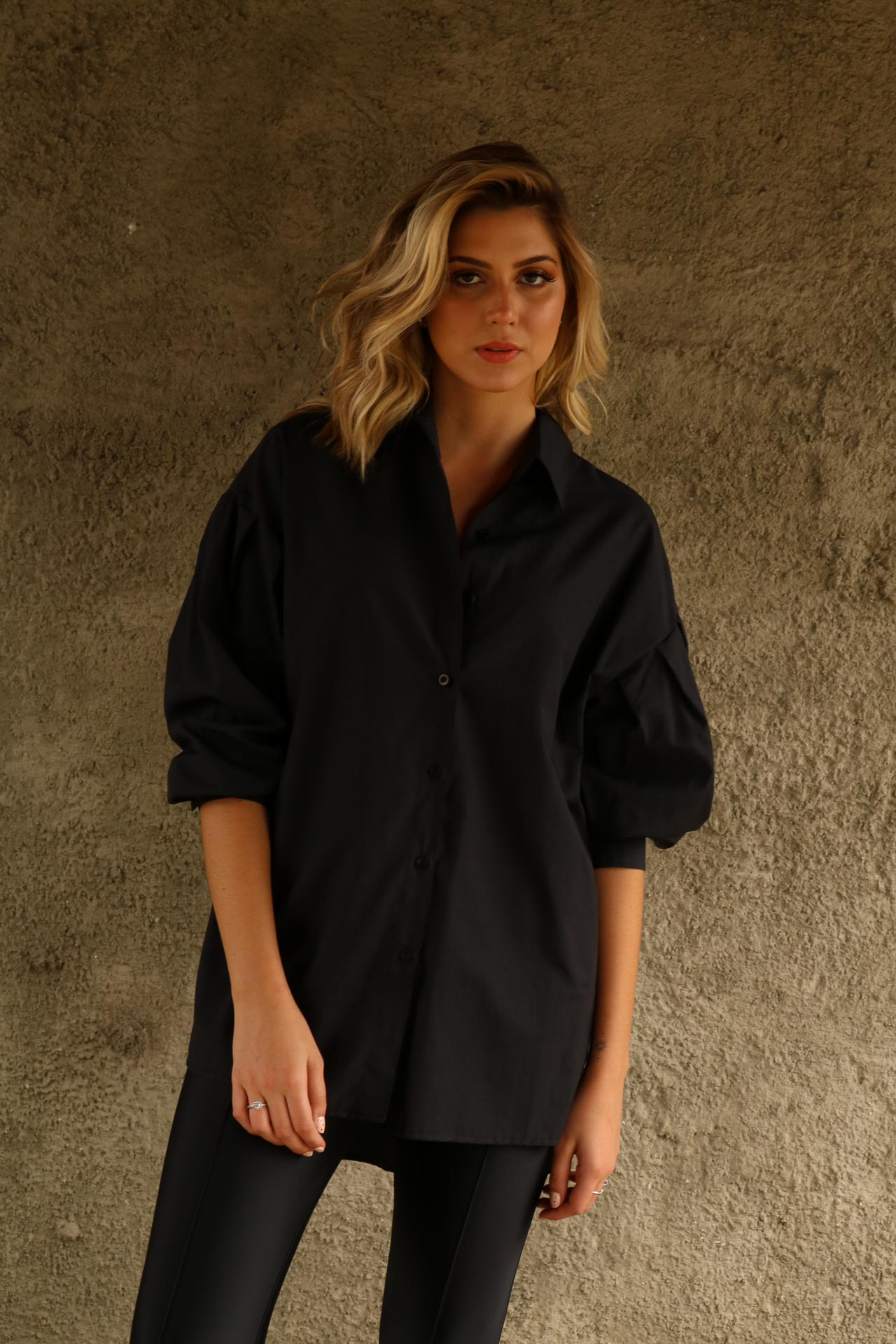 CAMISA MULLET OVERSIZED FENDA LATERAL