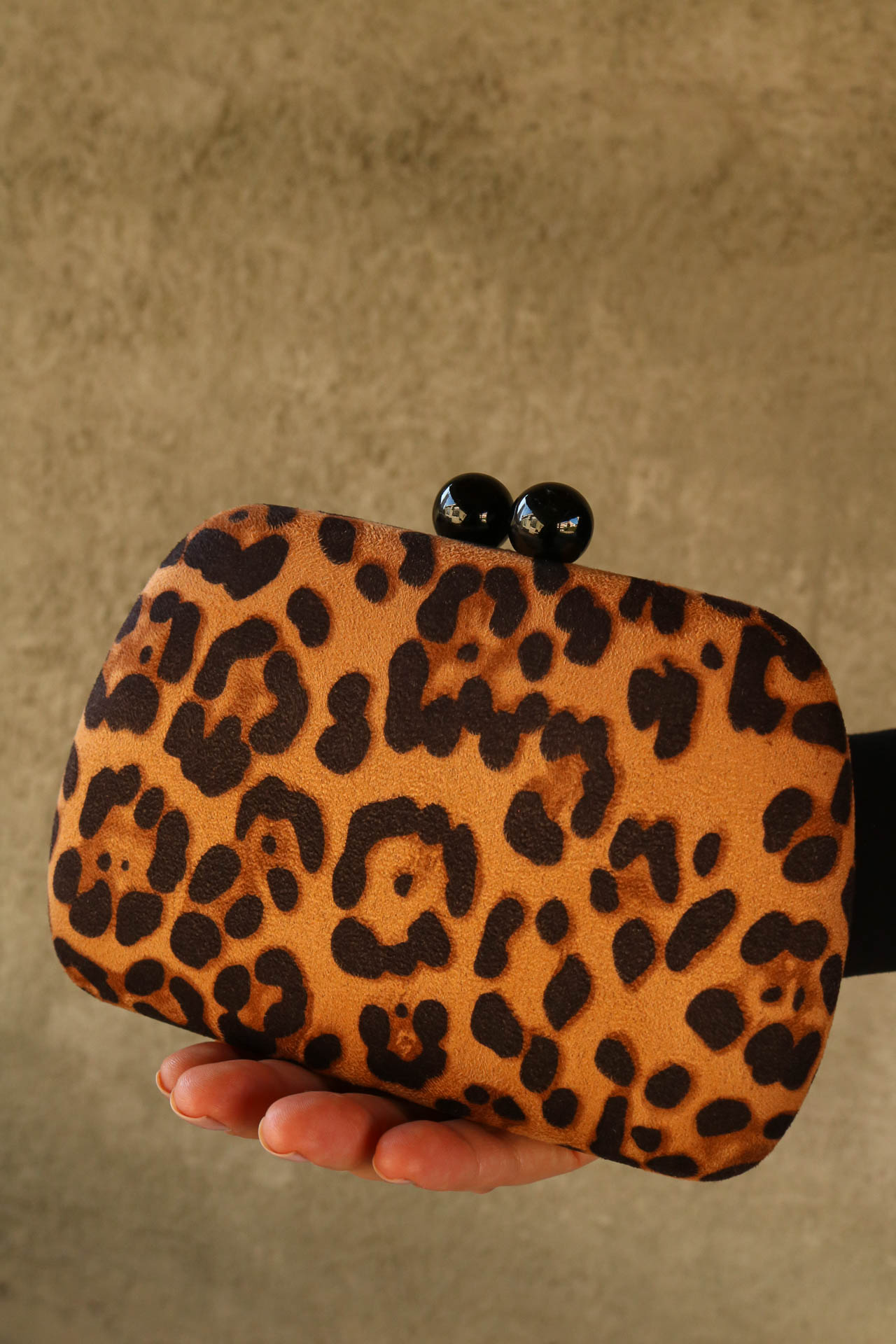CLUTCH SUEDE ANIMAL PRINT