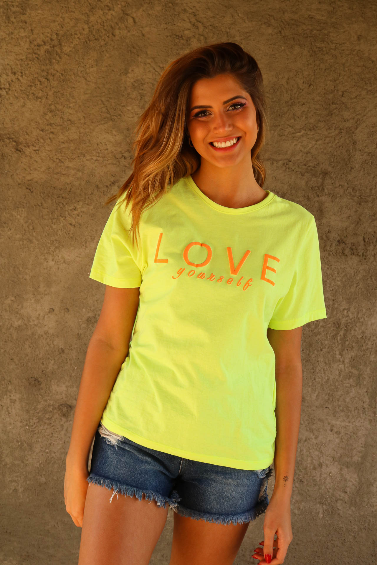 T-SHIRT LOVE YOURSELF