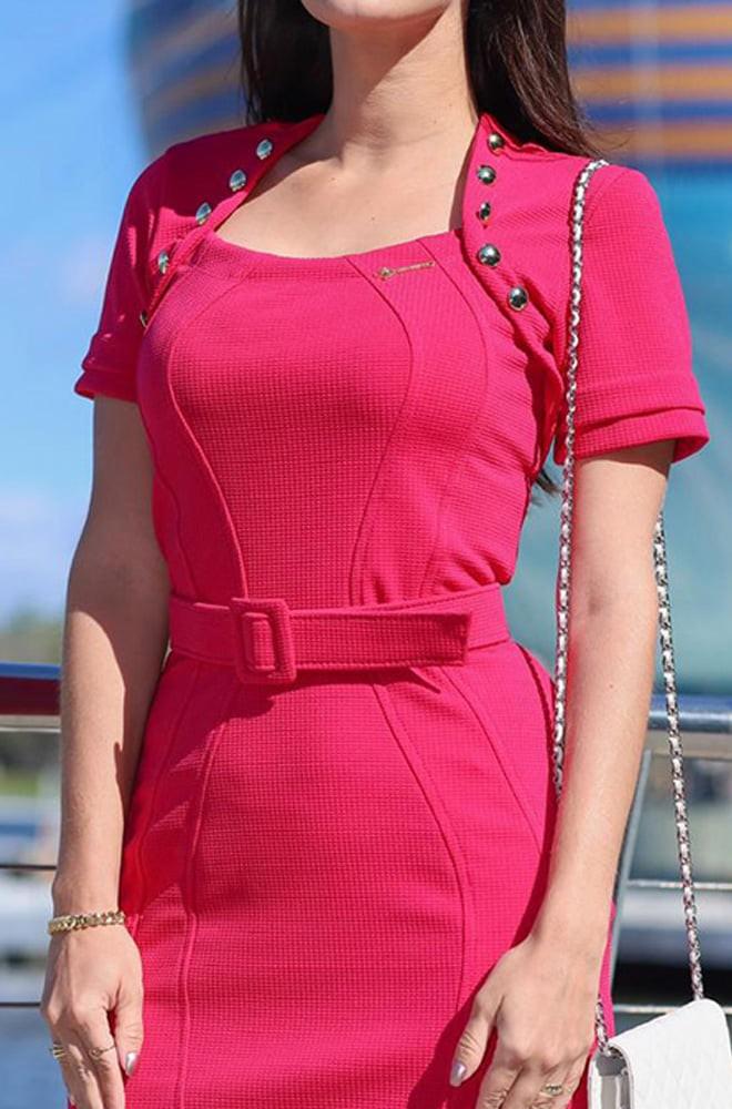 vestido tubinho tecido piquet