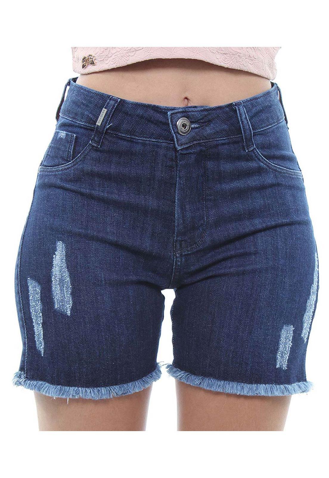 Bermuda Ciclista Jeans Feminina Com Barra Desfiada Crocker - 47914  - CROCKER JEANS
