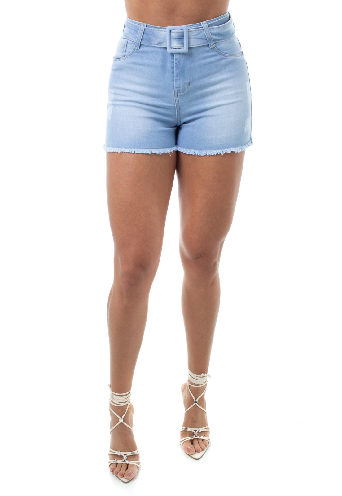 Shorts Jeans Feminino Curto Com Cinto e Barra Desfiada Crocker - 48145  - CROCKER JEANS