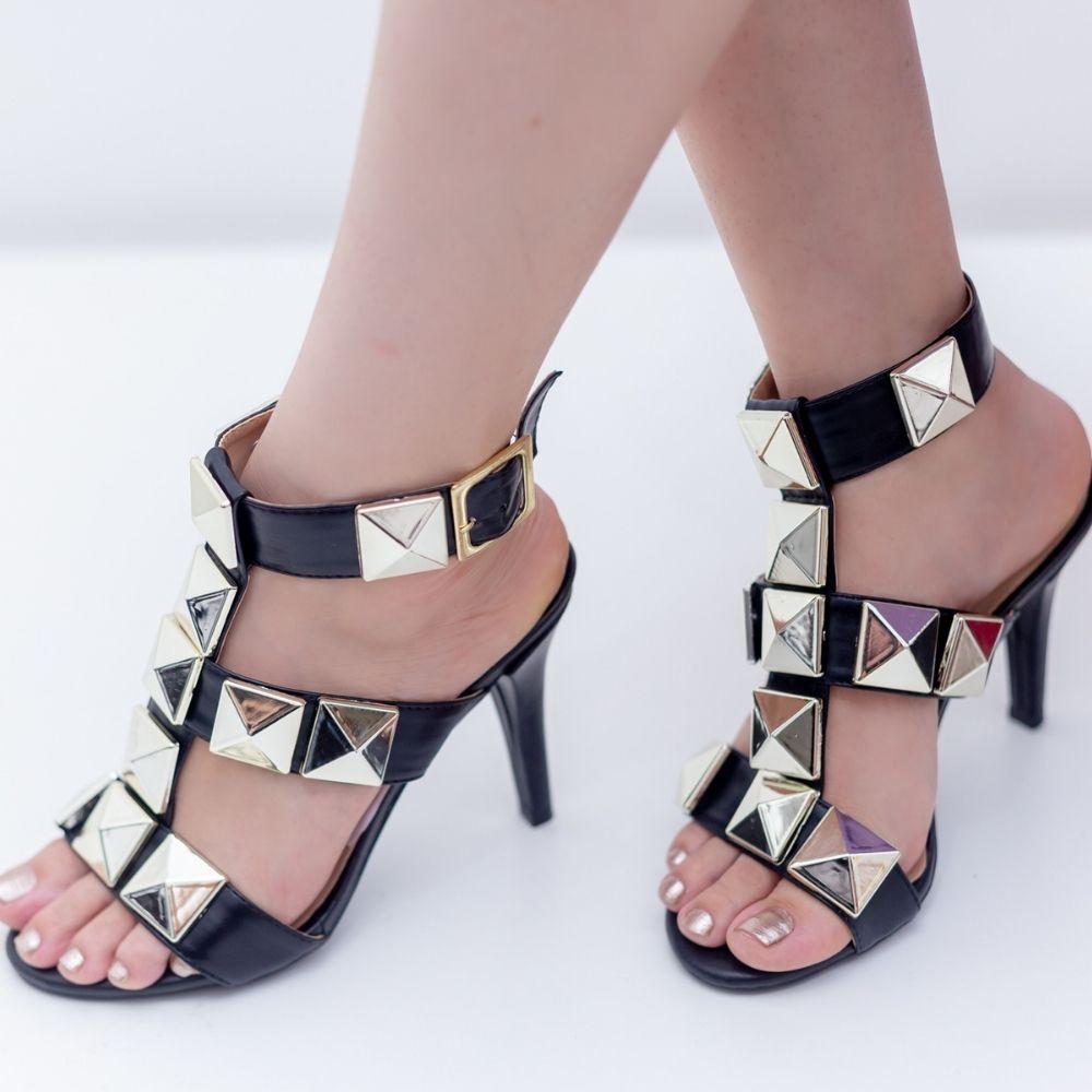 Sandália feminina com taxas grandes têndencia verão
