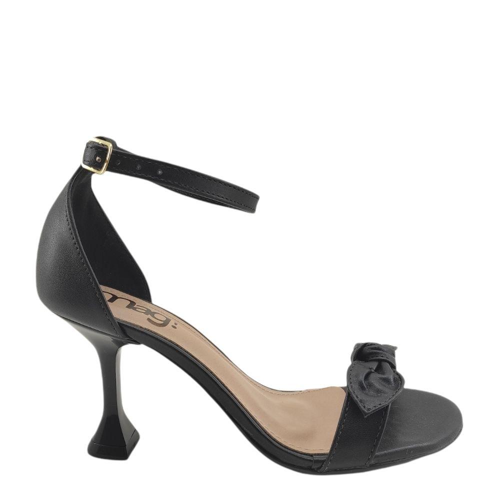 Sandália feminina social  com lacinho e salto taça