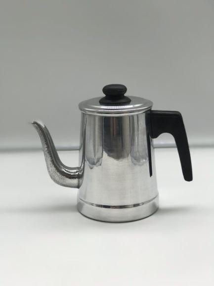Bule Tradicional Polido N° 08 / 900 ml Alumínios almeida