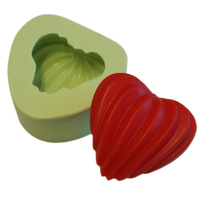 Molde de Silicone Coração Canelado
