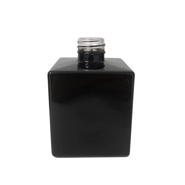 Vidro Cube 250ml R.28/410 PRETO