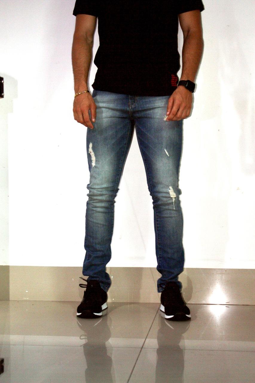 Calça Jeans Rasgada Masculina - Acostamento