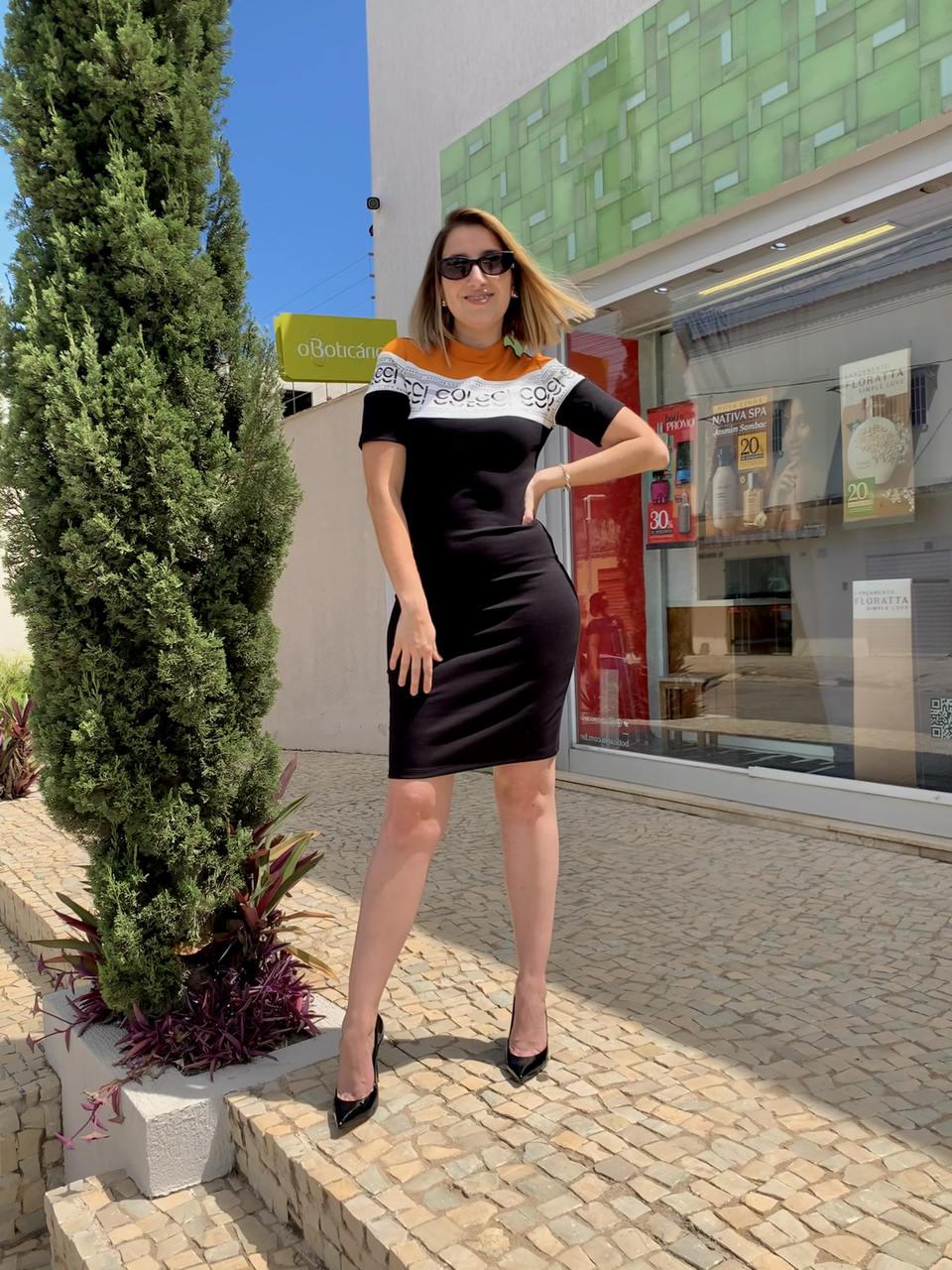 Vestido Curto Keep Your Essence - Colcci