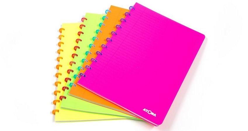 Caderno Atoma Neon A5, 72 Folhas Pautadas, Personalizável