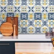 Adesivo de Azulejo Abstrato Azul, Amarelo e Branco