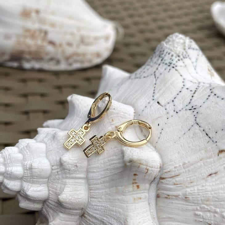 Mini Argola Cruz Cravejada Banho Ouro