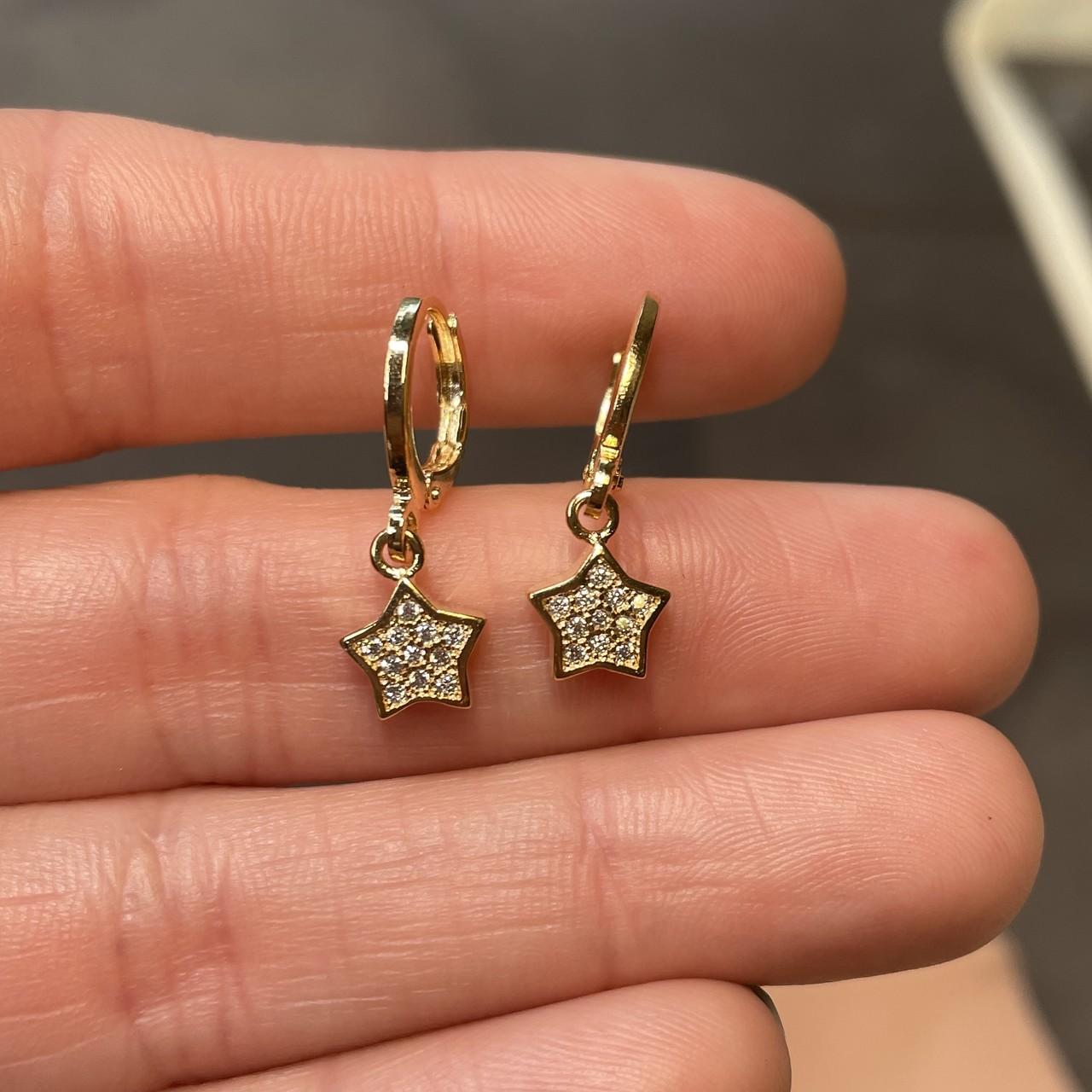 Mini Argola Estrela Cravejada Banho Ouro