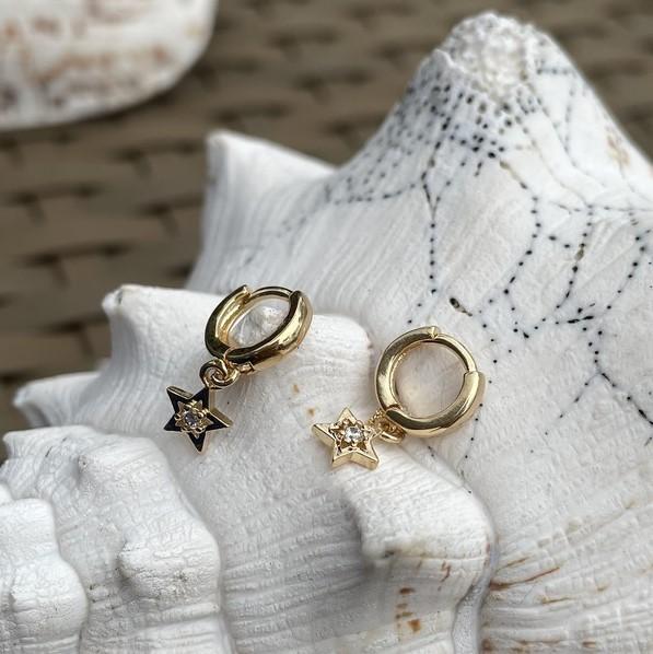 Mini Argola Estrela Zirconia Banho Ouro