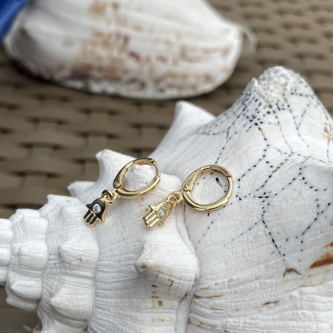 Mini Argola Mão Zirconia Banho Ouro