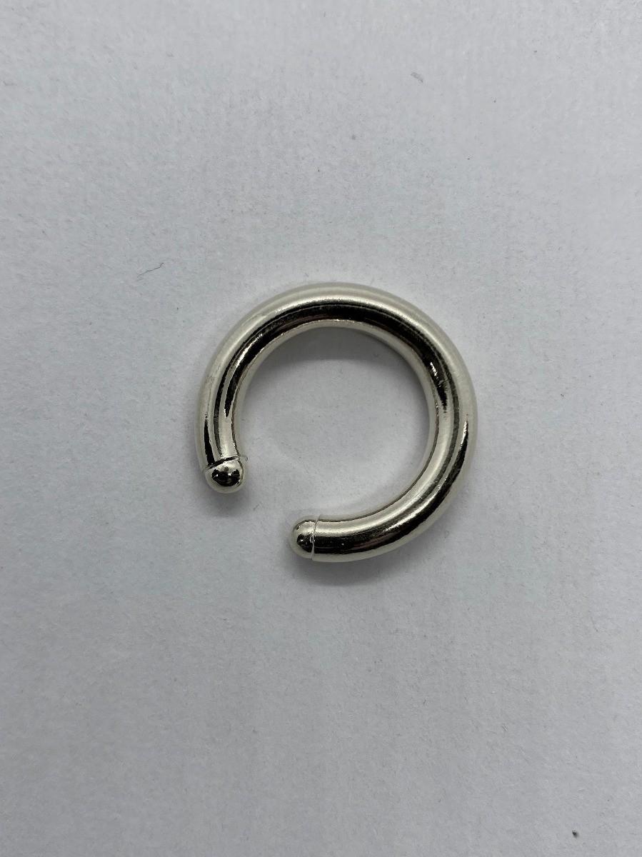 Piercing  9  - Sylvia Cinquetti