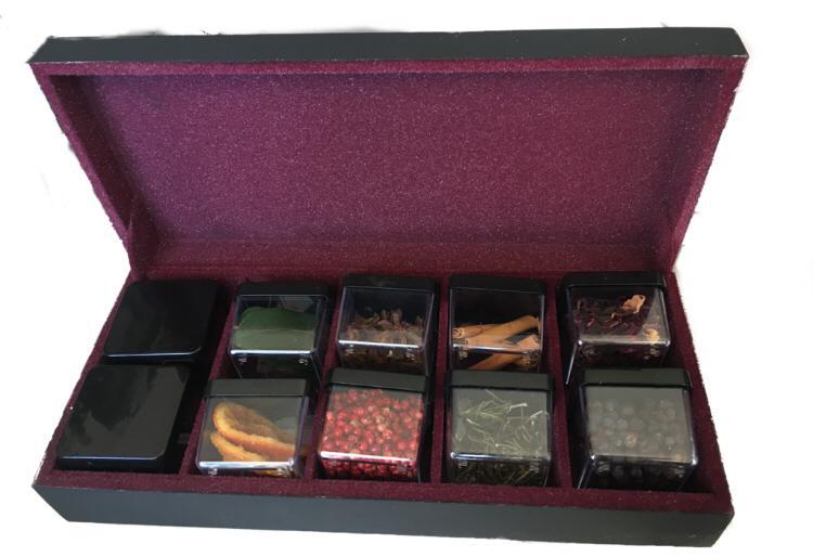 Caixa de Especiarias para Gim Preta