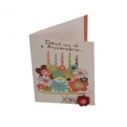 Cartão Para Presente com Envelope Branco Flores e Vela - Deus nos dá o Aniversário...