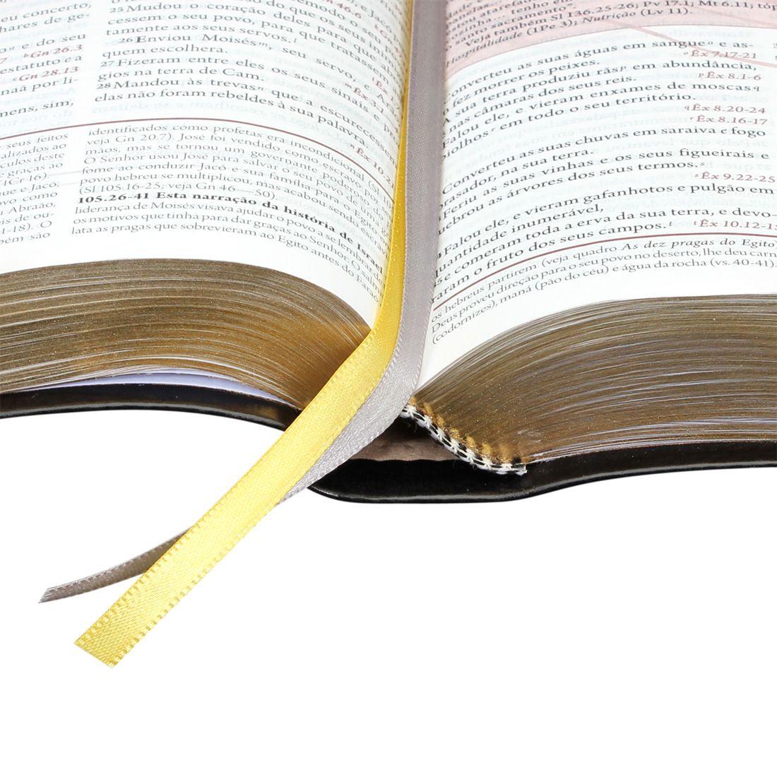 A Bíblia da Mulher - Capa Preta Luxo com Pedras - Almeida Revista e Corrigida