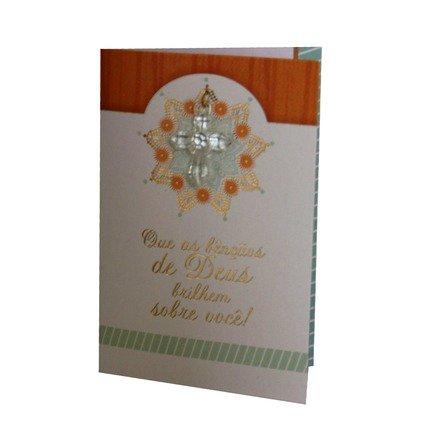 Cartão Para Presente Branco com Pingente Acrilico Cruz - Que As Bençãos de Deus...