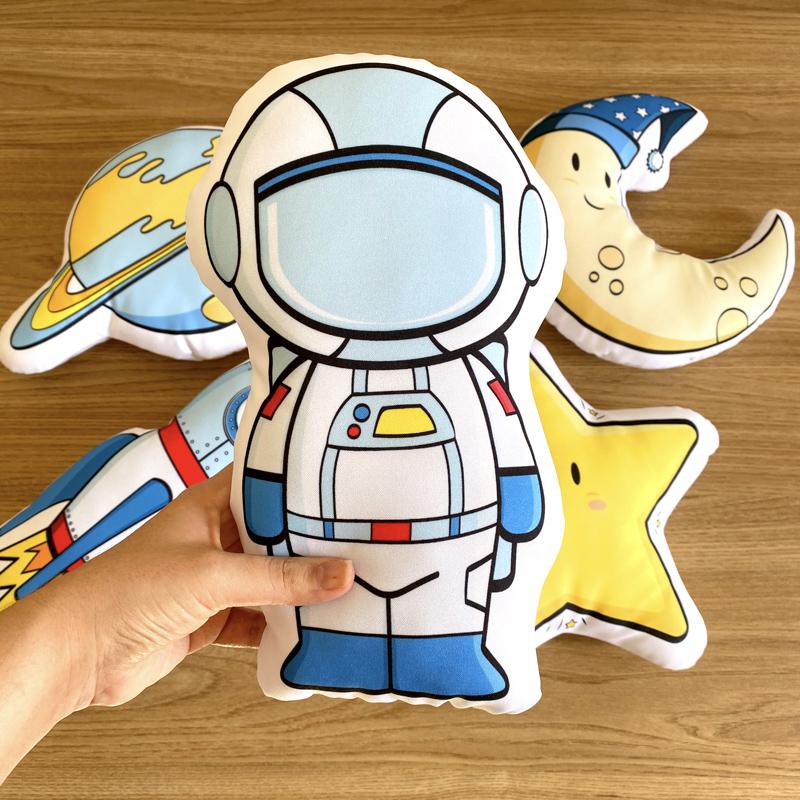 Kit de Almofadas Astronauta no Espaço