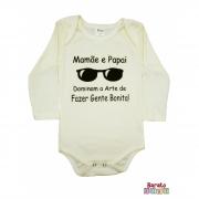 Body Bebê ML (P/M/G) -  Mamãe e Papai Dominam a Arte de Fazer Gente Bonita - Barato Bebê - Off-White