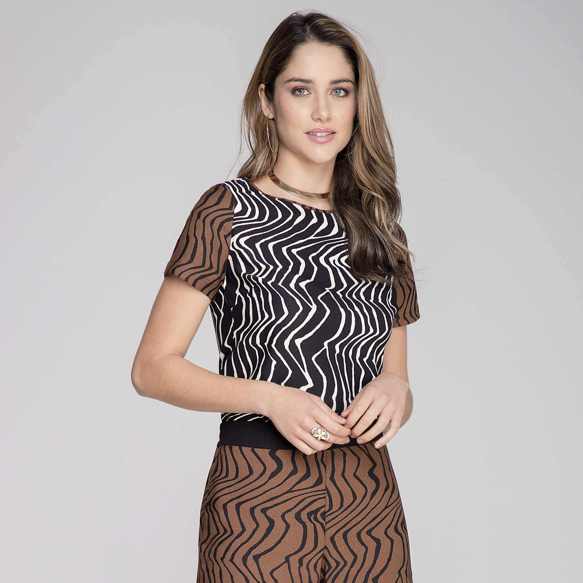 Blusa Crepe Zebra Composse