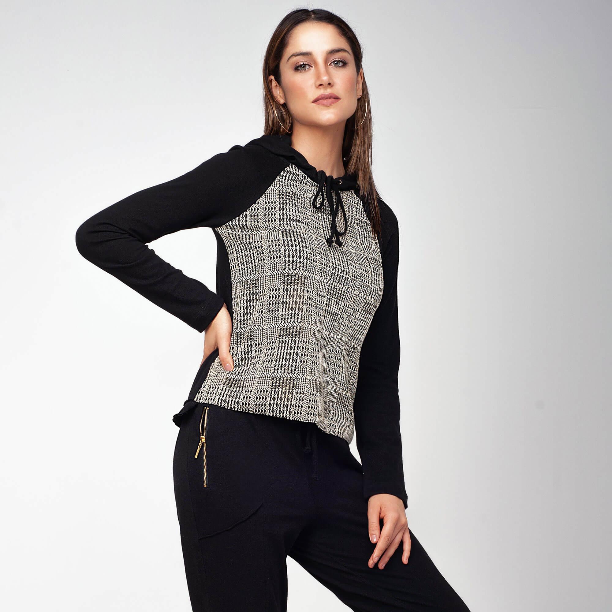 Blusa Malha c/ Detalhe Frente