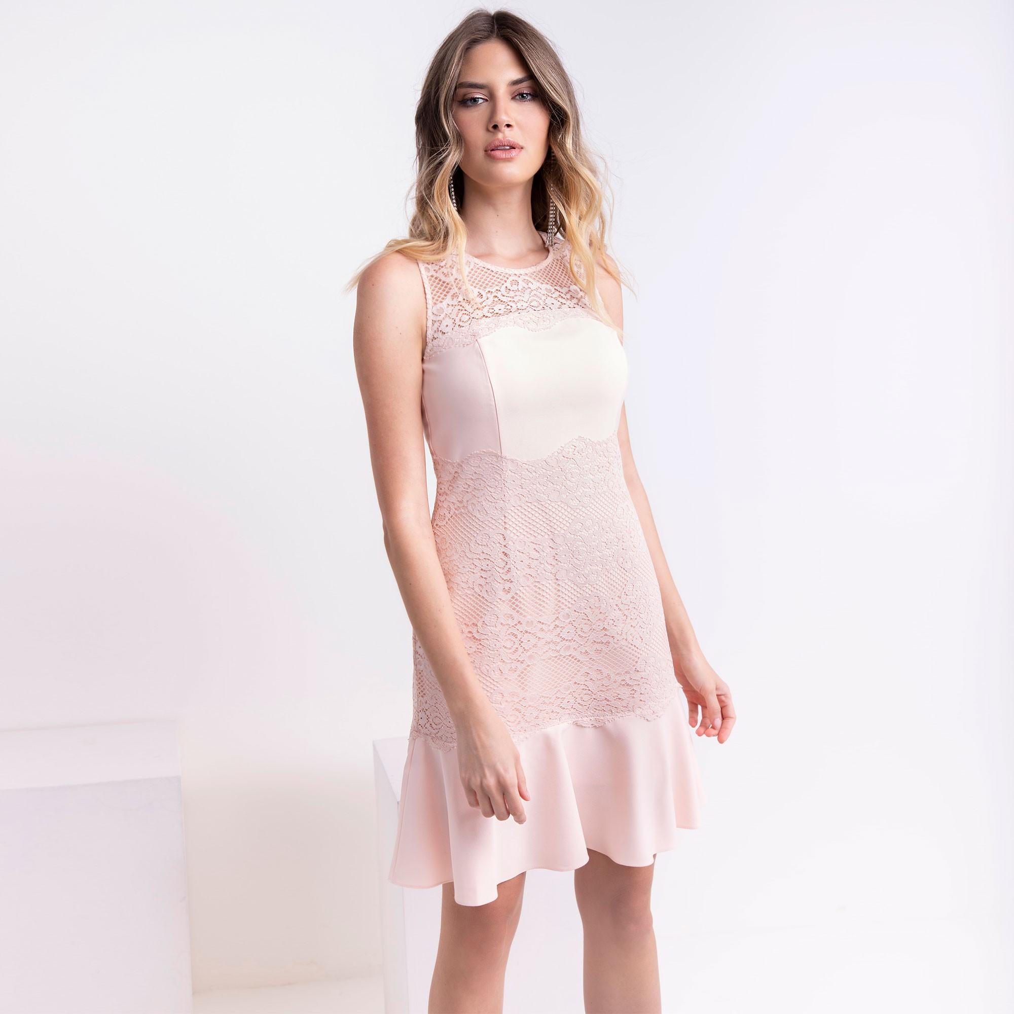 Vestido renda com crepe