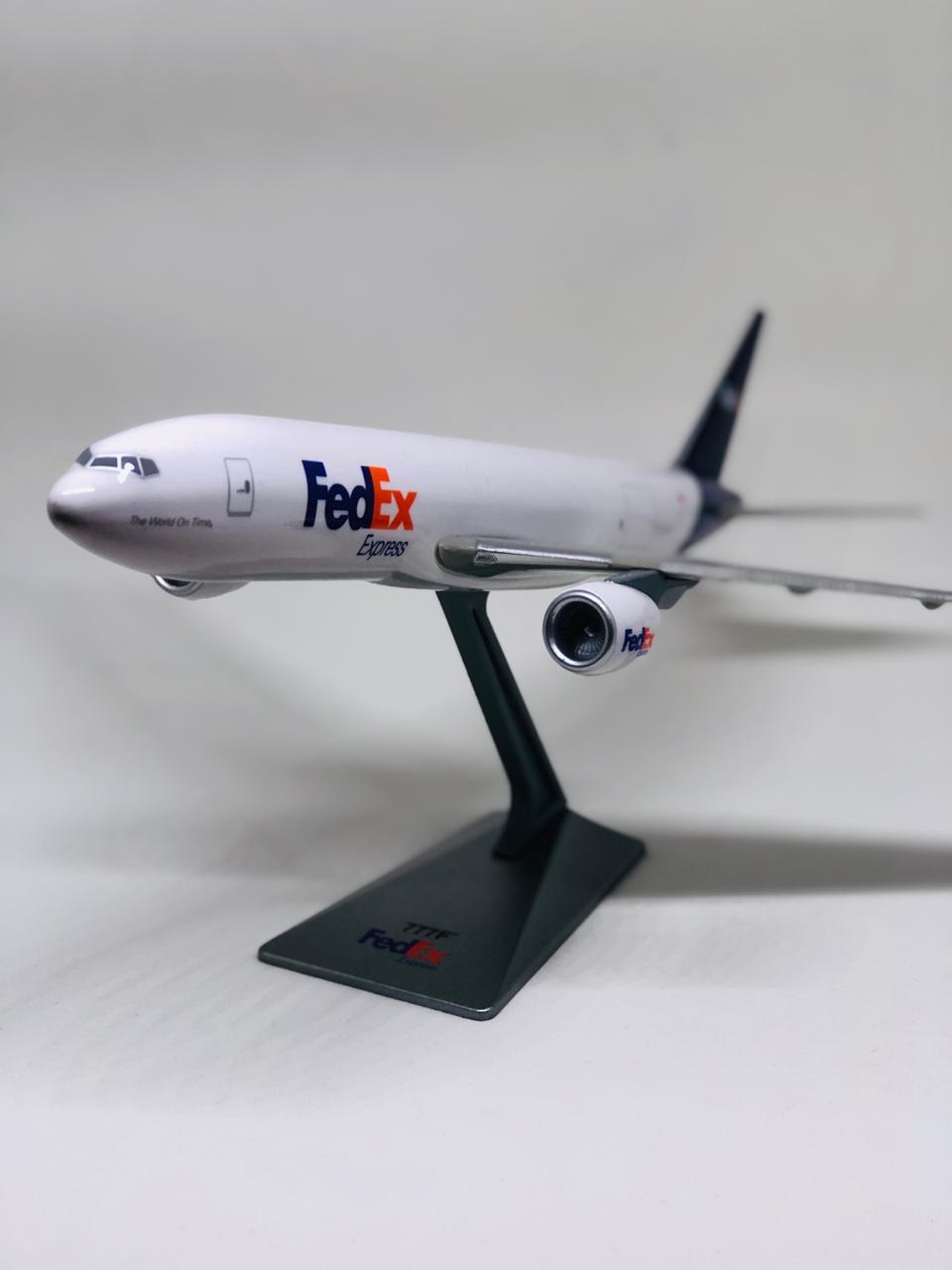 Miniatura B777 -  Fedex