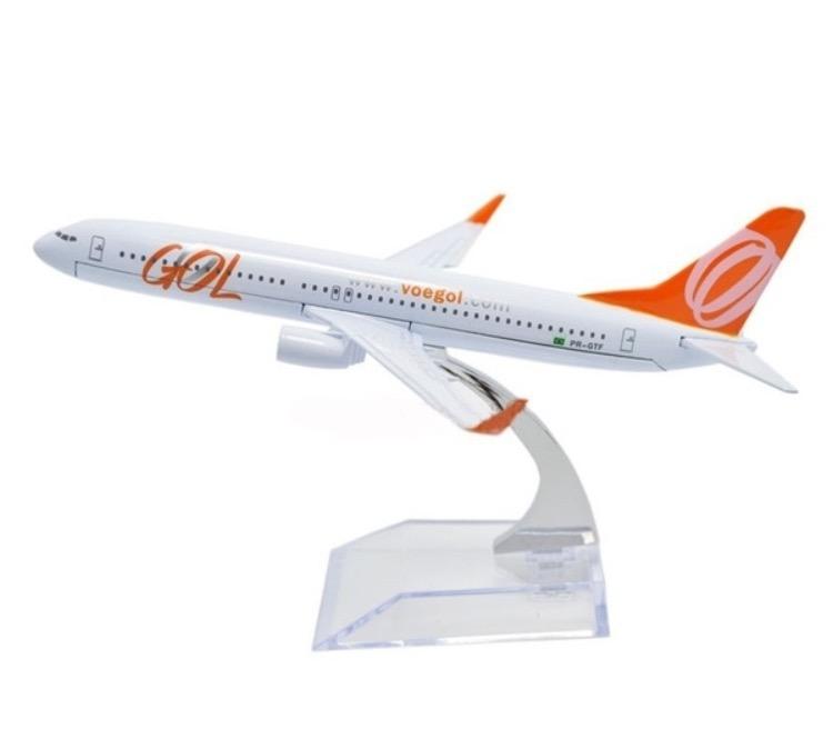 Miniatura Boeing 737- 800 - GOL