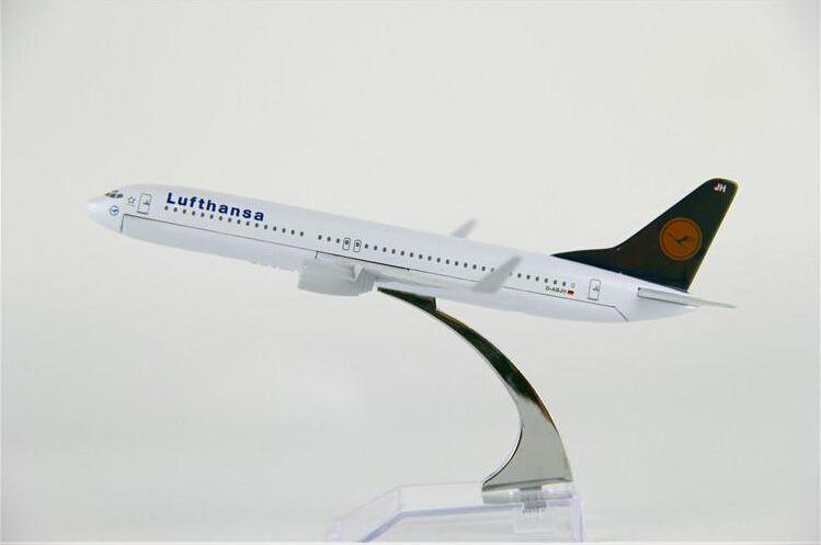 Miniatura Boeing 737 - Lufthansa