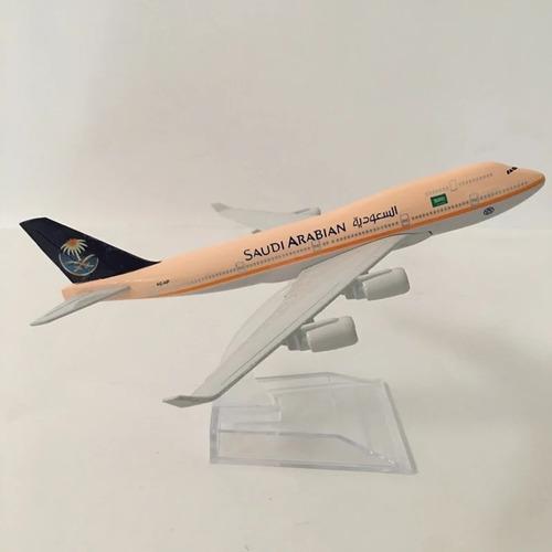 Miniatura Boeing 747 - Saudi Arabian