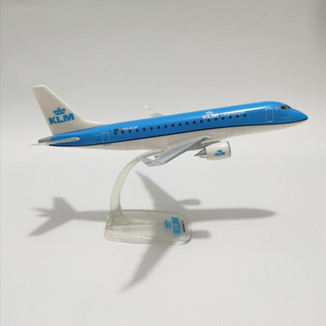 Miniatura E175 - KLM