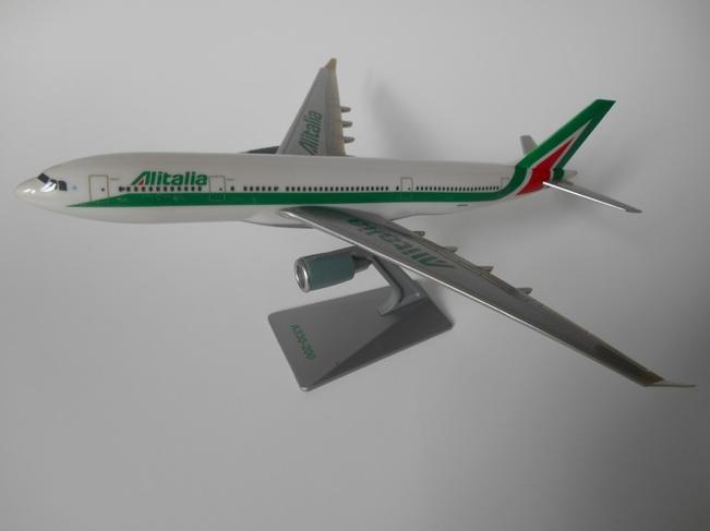 Miniaturas A330-200 - Alitalia