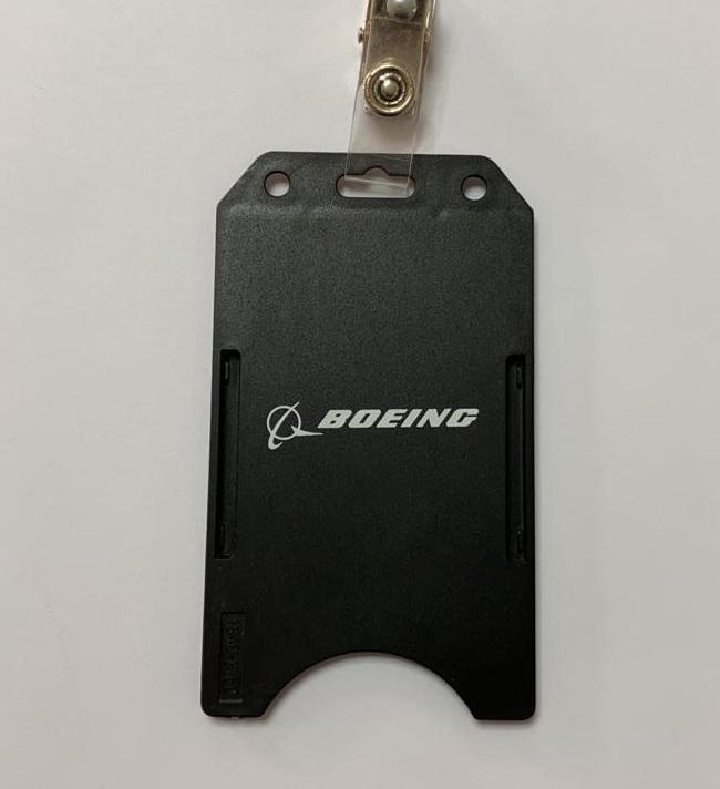 Porta Crachá Boeing - Oficial
