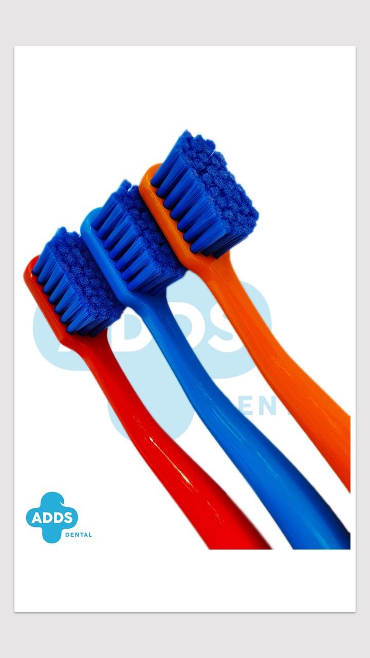 Kit de 3 escovas ultramacias ADDS com 20% de desconto