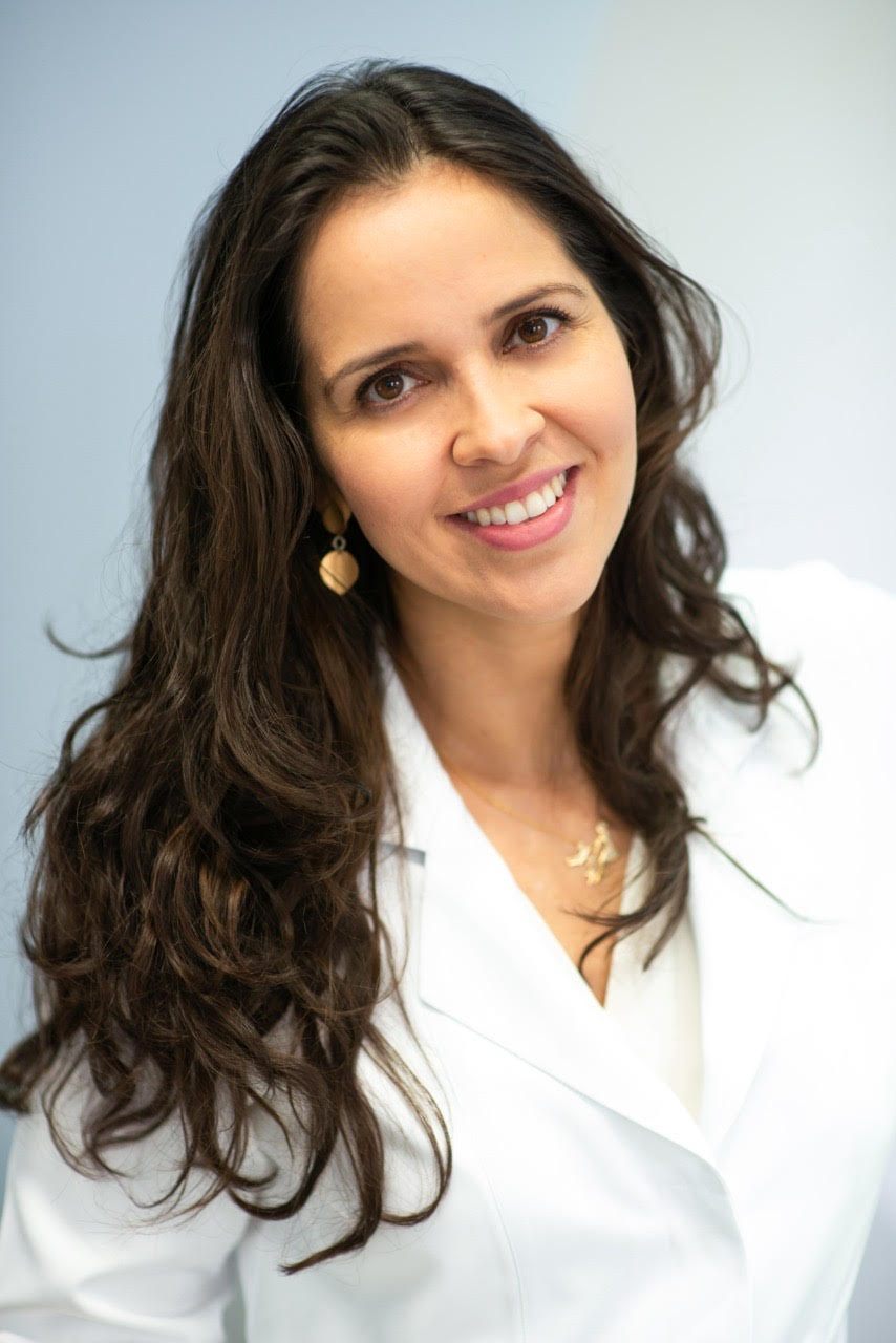 Kit manutenção Invisalign Dra. Luciana Abrãao