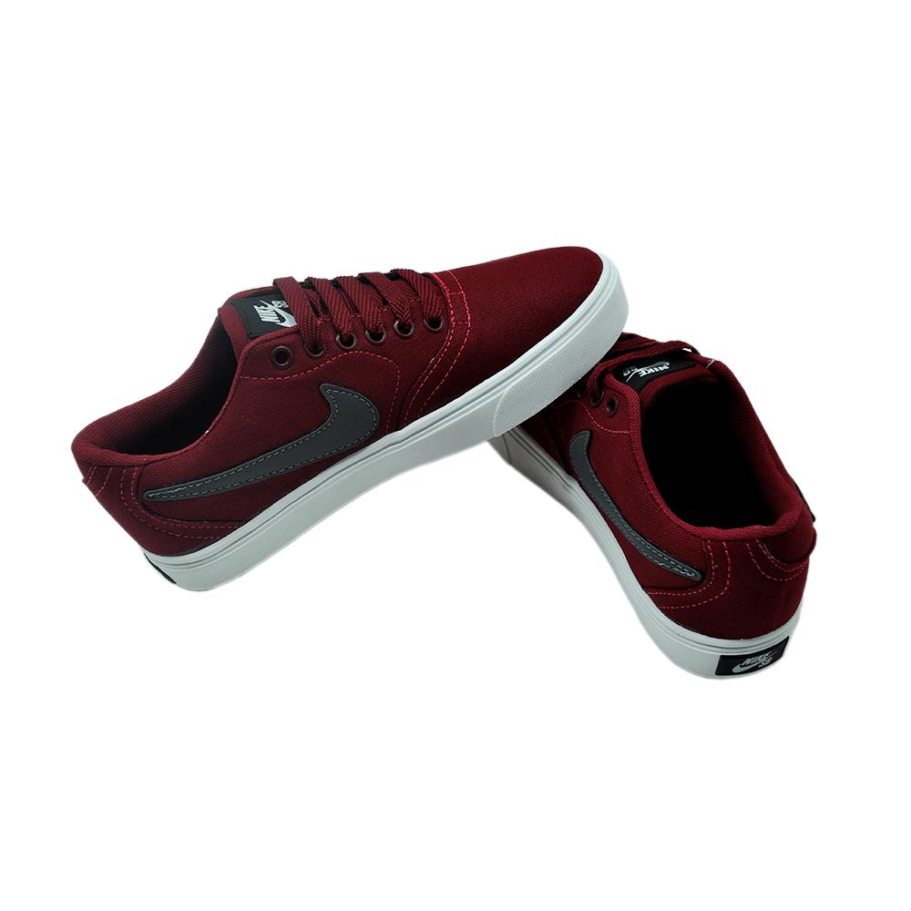 Tenis Nike Branco/Bordo