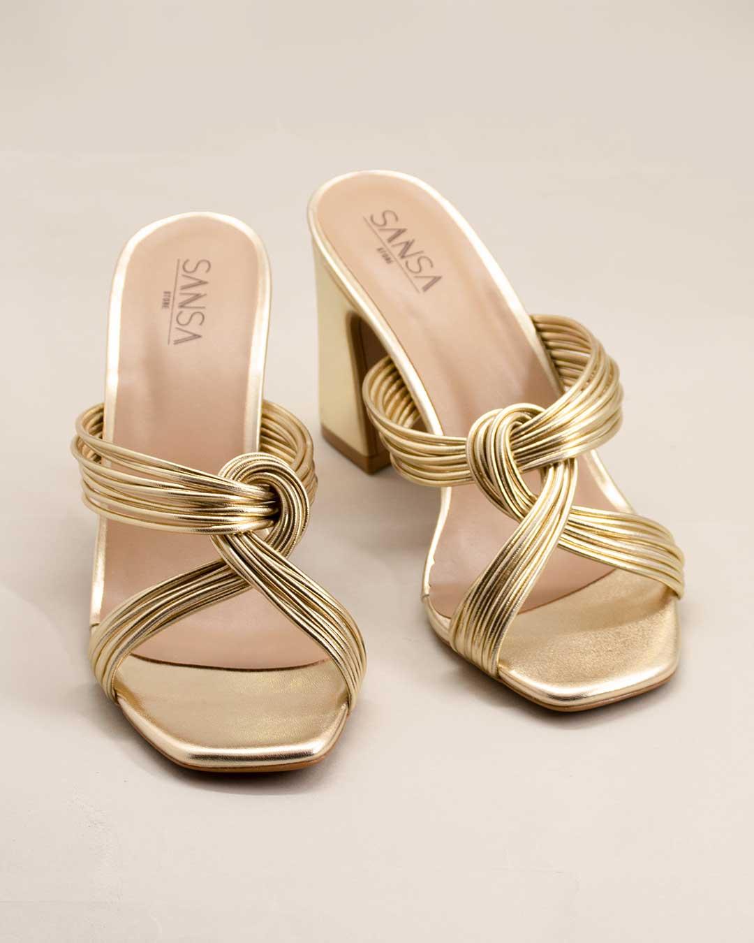 Sandalia Salto Alto e Grosso Transpassada Dourada