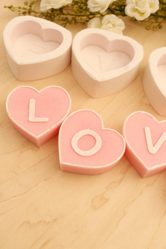 Kit 04 moldes Letras Coração ( LOVE)