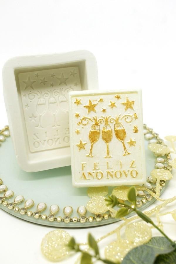 Molde Silicone Sabonete Feliz ano Novo taças