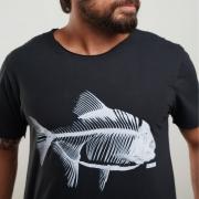 O Lenhador Camiseta Fish Ray Estonada Preta