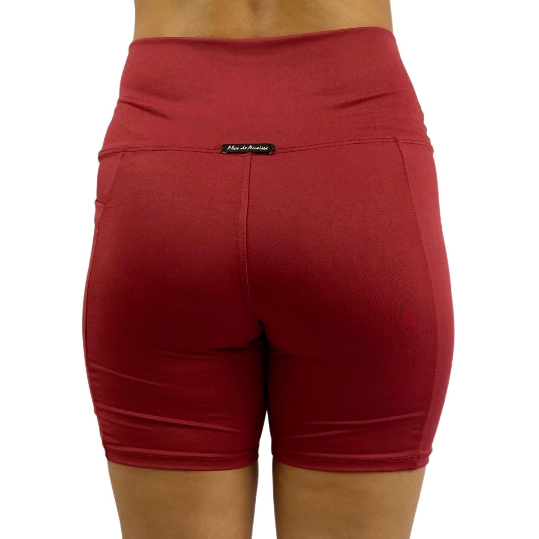 Bermuda Fitness Bolso Unilateral Recomeço Vermelho