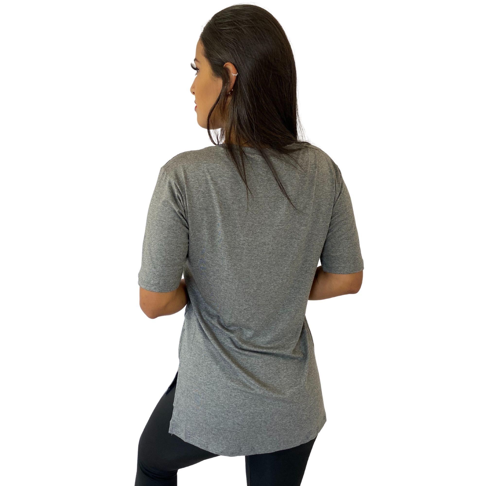Camiseta Feminina Tapa Bumbum Manga Curta Cinza