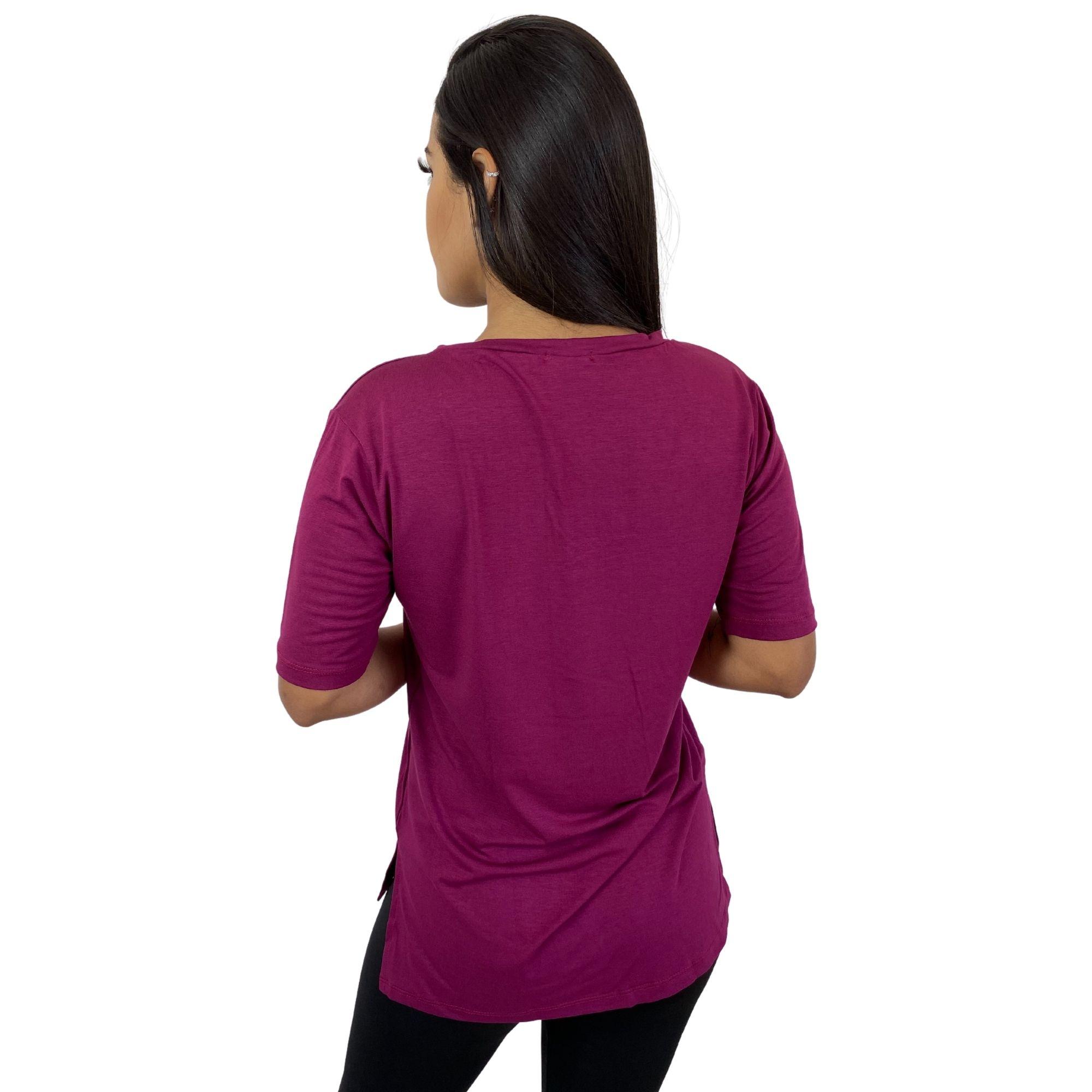 Camiseta Feminina Tapa Bumbum Manga Curta Vinho