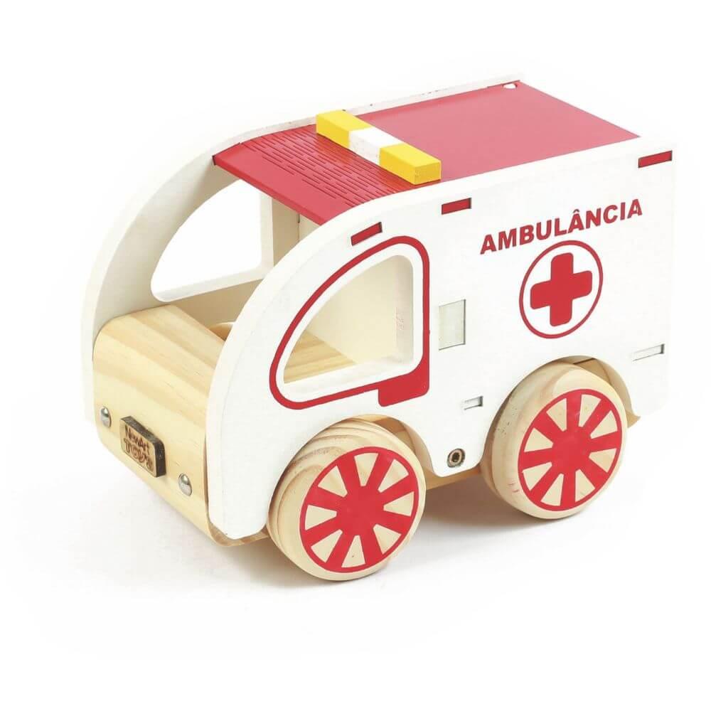 Ambulância em Madeira