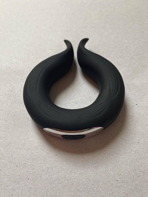 Anel Peniano Vibratório Circular com Estimulador de Clitóris