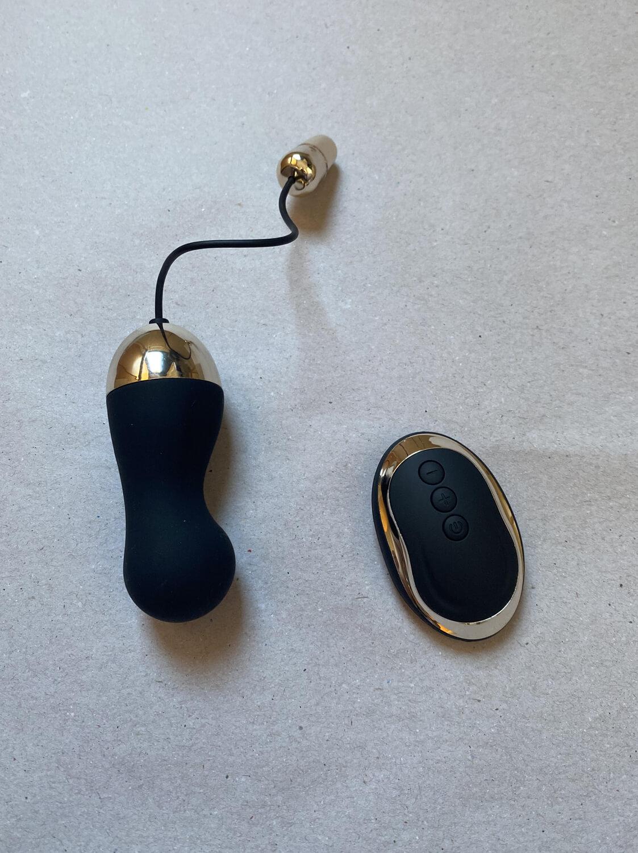 Jump Egg, Vibrador Bullet Balls com Controle Wirelles